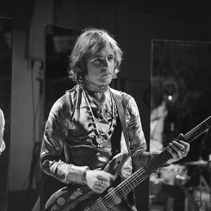 Jack_Bruce_(Cream)_on_Fanclub_1968