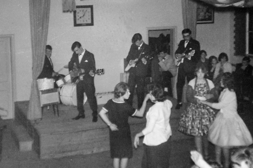 1963 Tuxedos at Hollington Methodist Church Hall