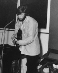 1972-Nigel Davies - Alamo